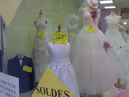 La location de robe de mariée, une nouvelle tendance